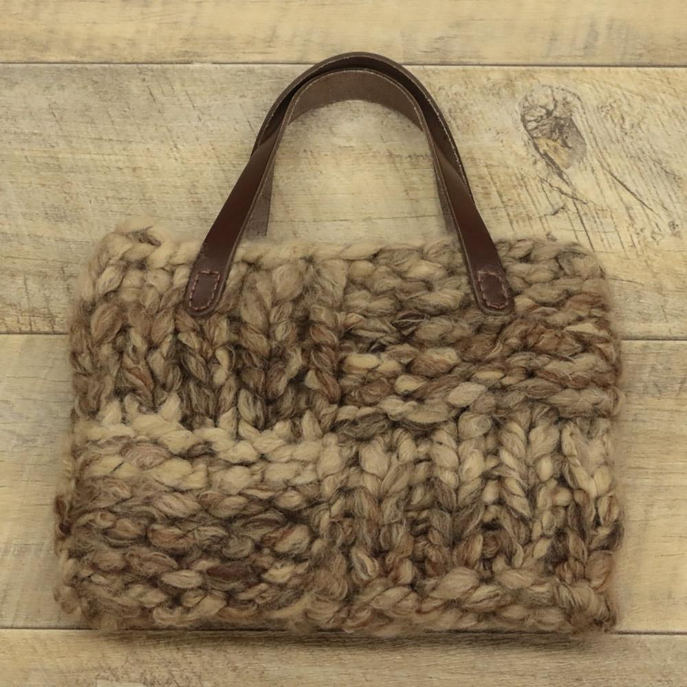 モフモで編む スクエアバッグ