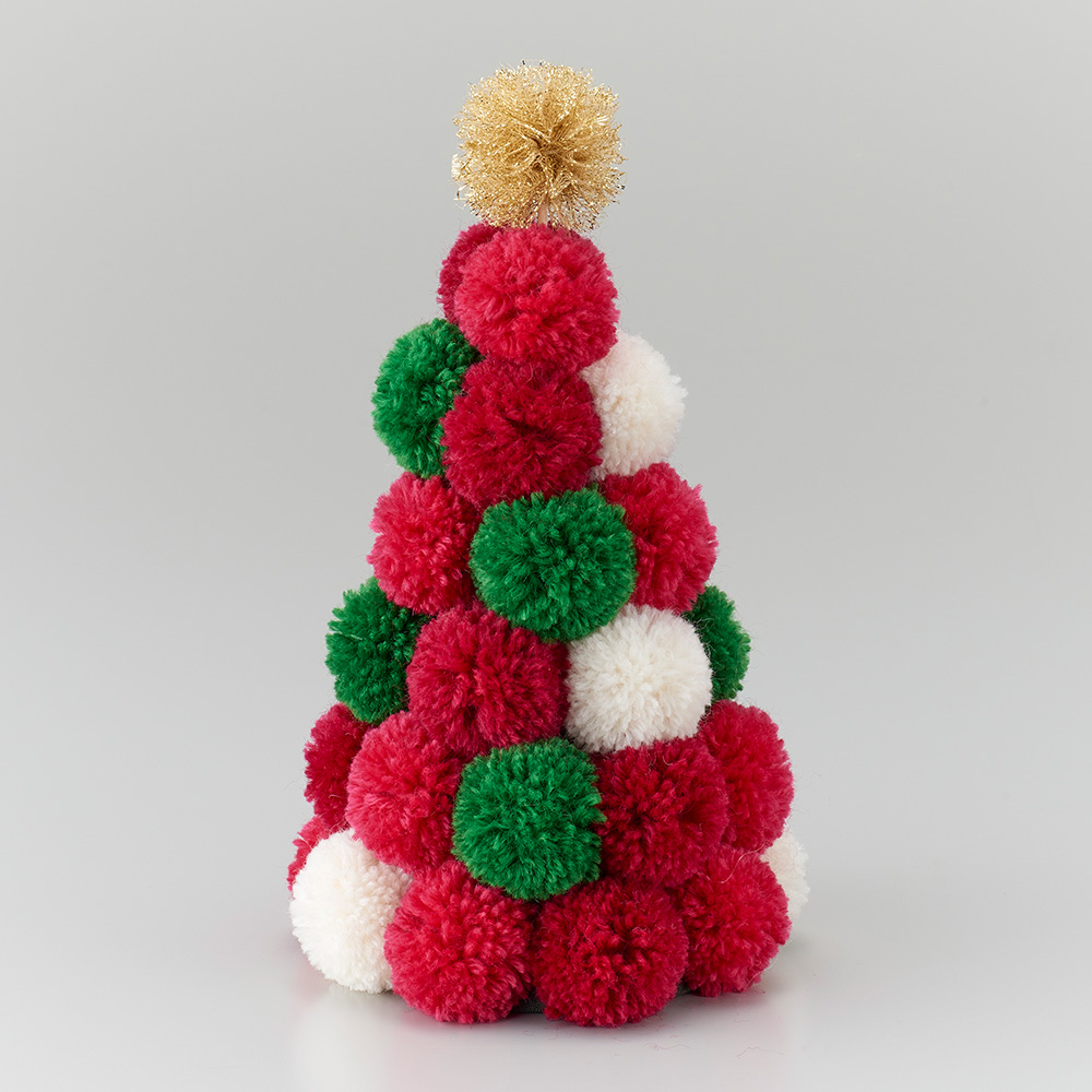 スーパーポンポンメーカーで作る クリスマスカラーのツリー