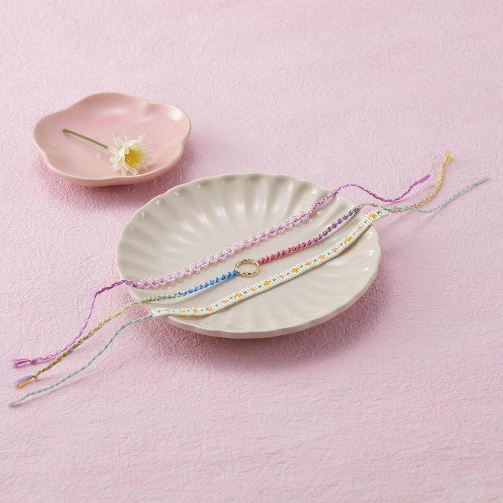ブレスレットメーカーで作る 早春カラーのブレスレット3種