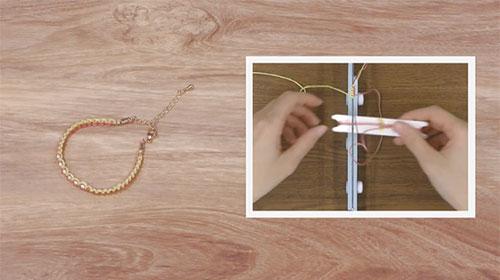 ブレスレットメーカーで作る 左右タッチング結びのブレスレット